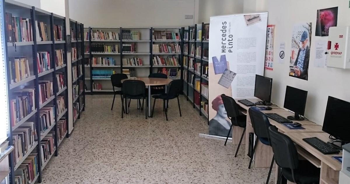 Mogán continúa la renovación del mobiliario de su Red de Bibliotecas