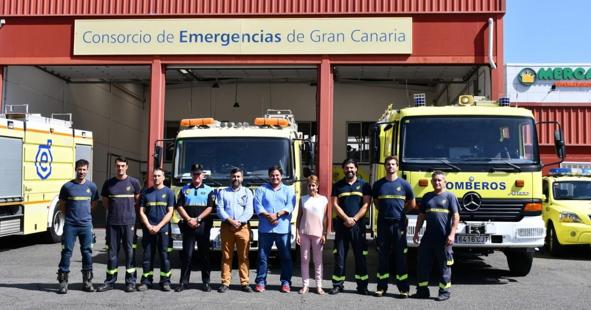 Onalia Bueno visita el parque de bomberos de Puerto Rico