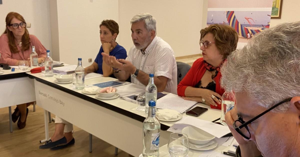 El 40% de los trabajadores afectados por ERTES en Canarias están en los municipios de la AMTC