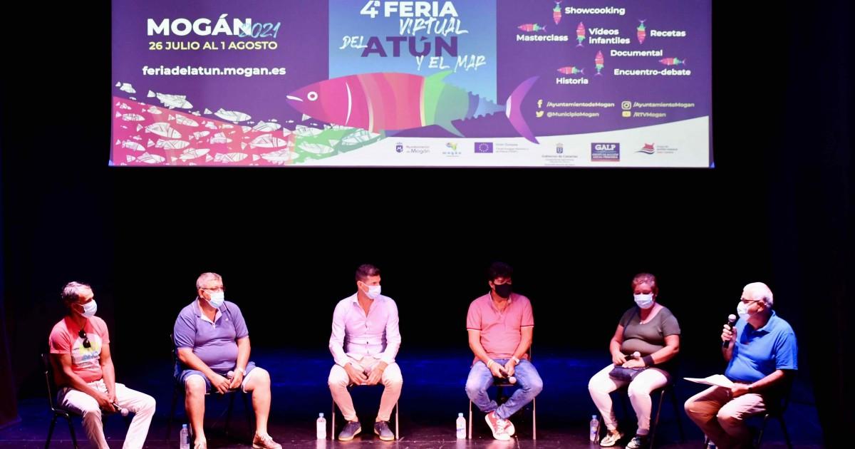 Representantes del sector pesquero canario debaten sobre el futuro en Mogán